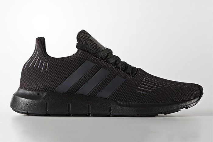 Adidas Swift Run Triple Black 5