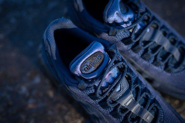 Nike Am95 Obsidian Black 2