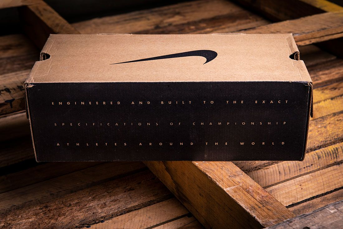 Nike 90S Box Text