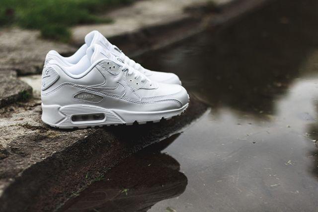Air Max 90 All White 3