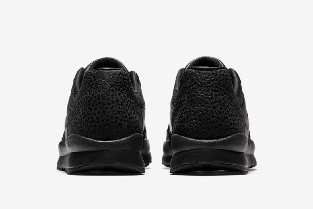 Nike Air Safari 2018 9
