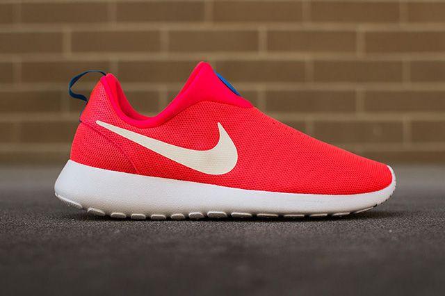 Nike Roshe Run Slip On Laser Crimson 4