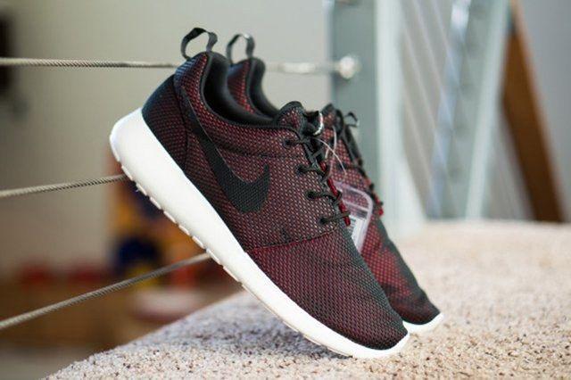 Team Roshe Gets Exclusive Nike Roshe Run 4