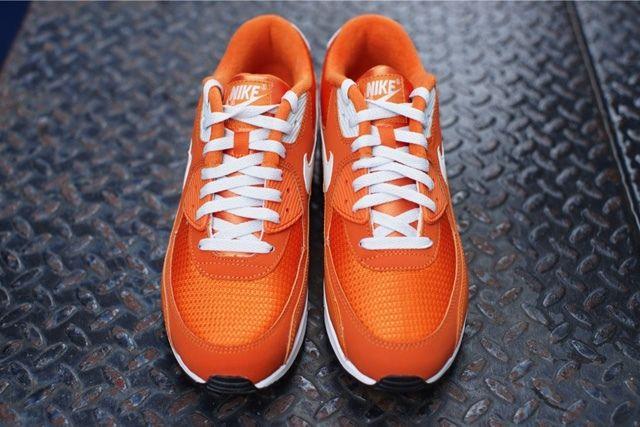 Nike Air Max 90 Solar Orange 2