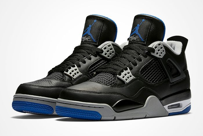 Air Jordan 4 Black Royal Feat