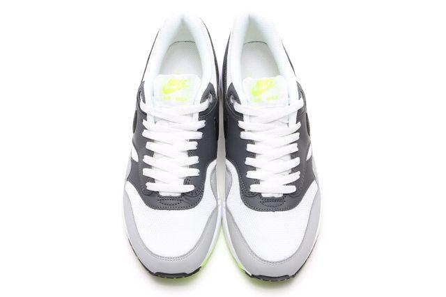 Nike Air Max 1 Neon3