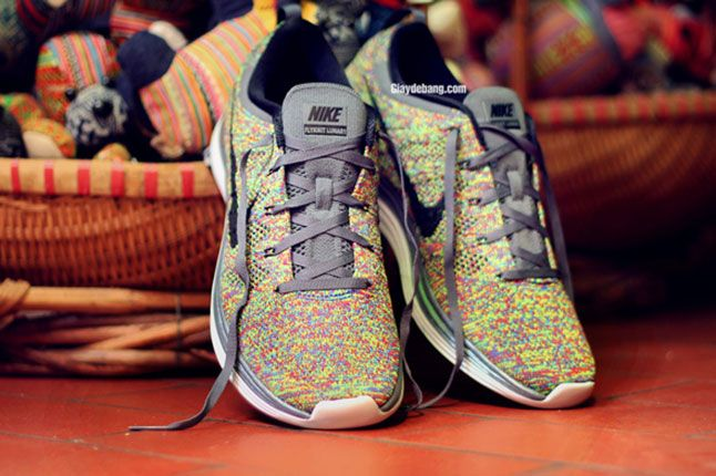 Nike Lunar Flyknit One Multi Color Pair 1