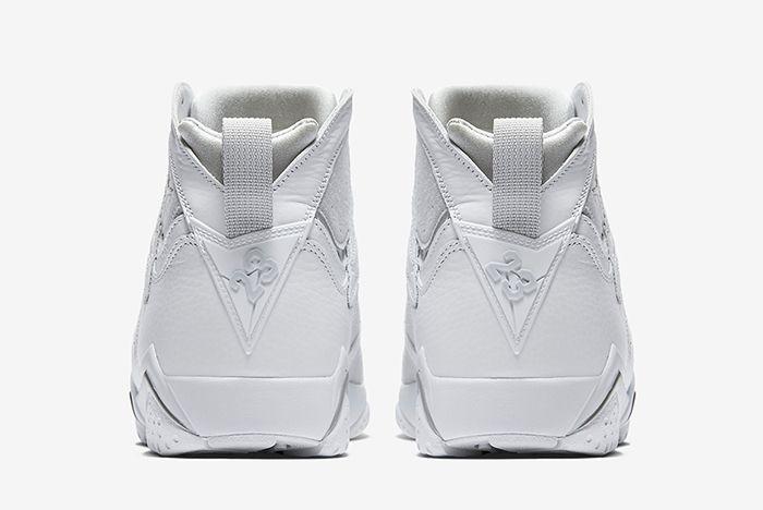 Air Jordan 7 Pure Platinum3