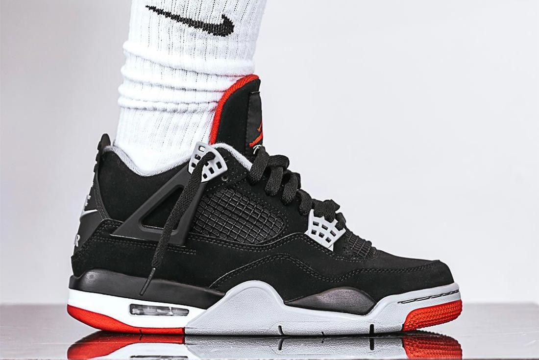 Bred Air Jordan 4 Lateral Side Shot