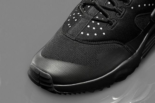 Nike Air Huarache Utility Black Black 4