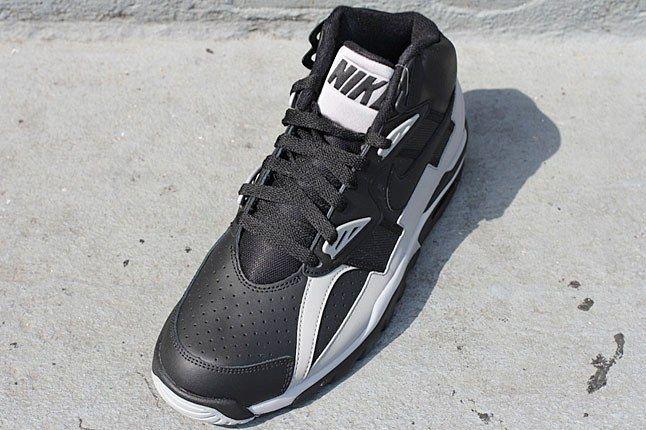 Oakland Raiders Nike Sneaker 1