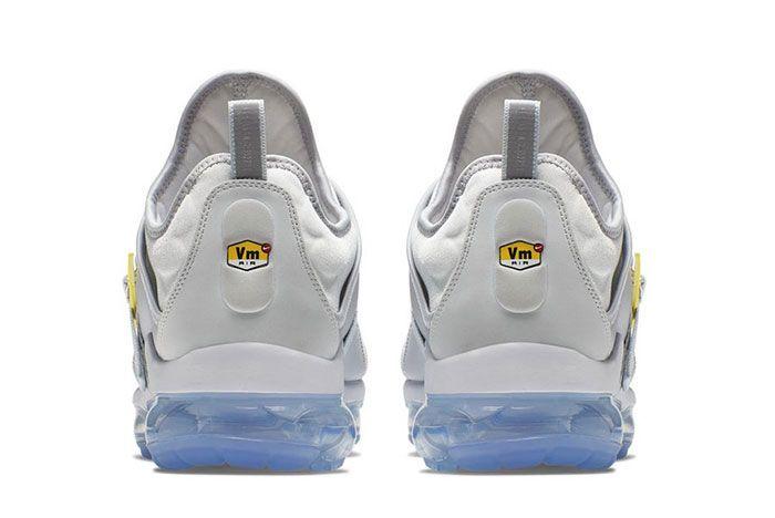 Nike On Air Vapormax Plus Paris Work In Progress Heel Shot 2