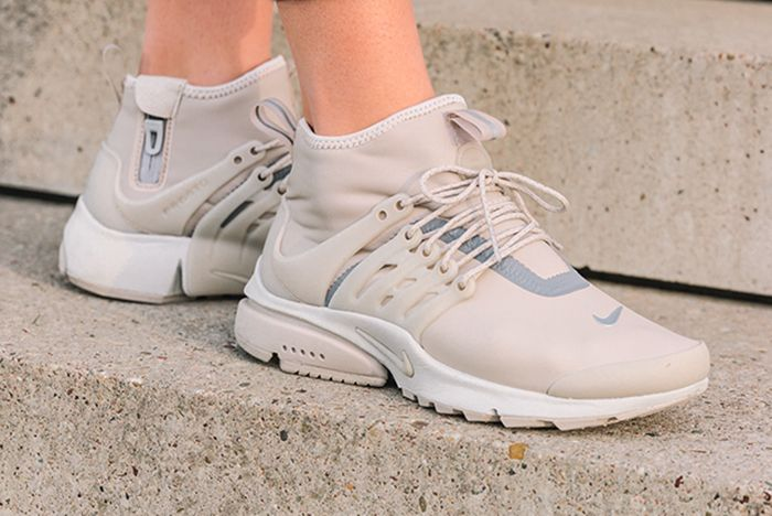 Nike Air Presto Mid Utility Wmns String Feature