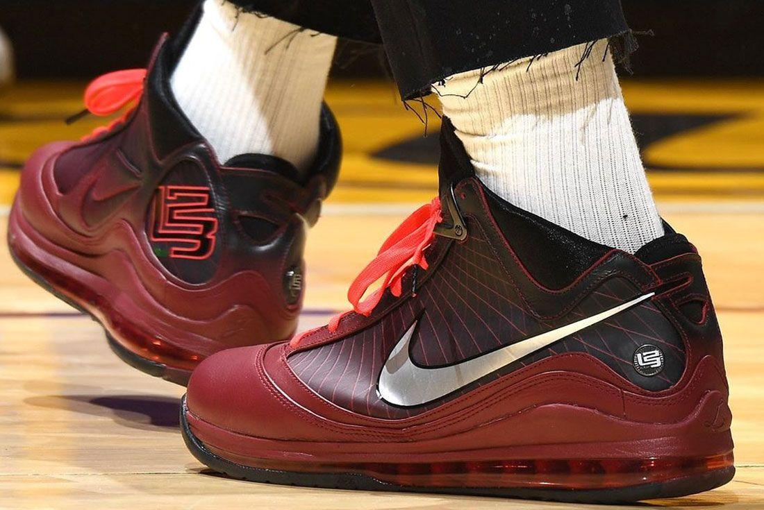 Nike Lebron 7 Heel