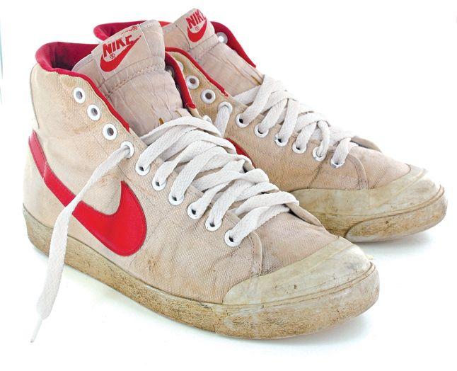 Tony Hallam Vintage Skate 18