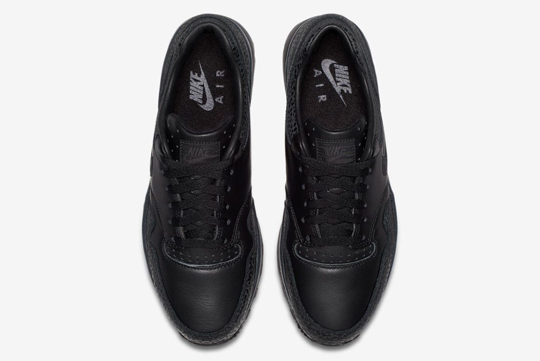 Nike Air Safari 2018 10