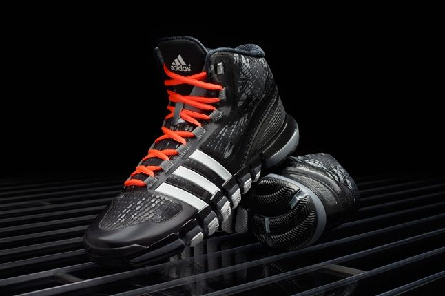 Adidas Crazyquick Black Lead Profile 1