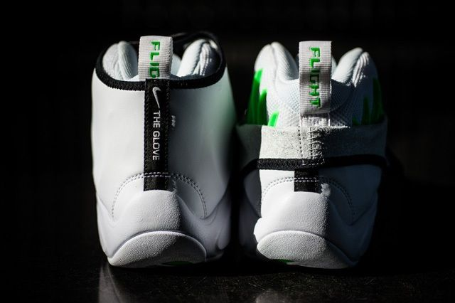 Nike Air Zoom Flight The Glove White Black Poison Green 3