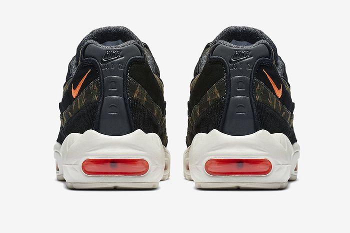 Carhartt Wip Nike Air Max 95 Official 4