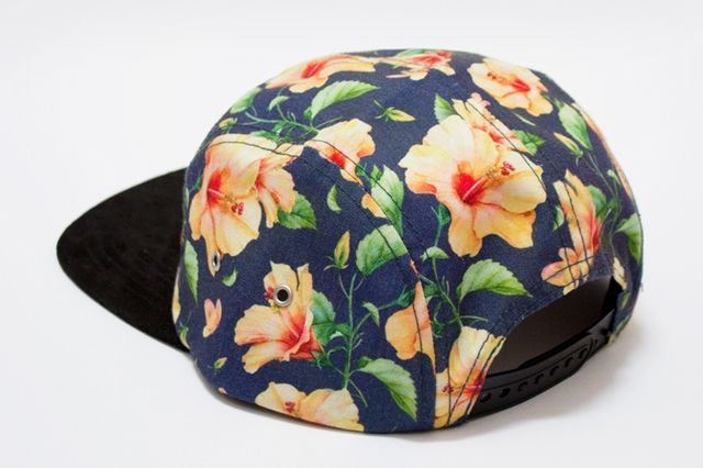 Tall Trees 5 Panel Hibiscus Bizzack