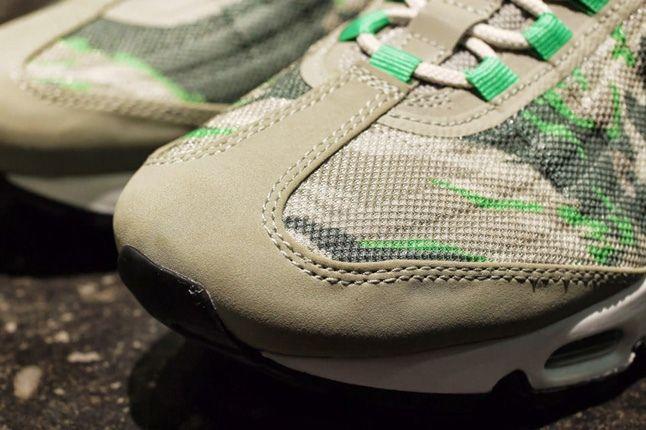 Nike Am95 Prm Tape Green Camo Toe Detail 1