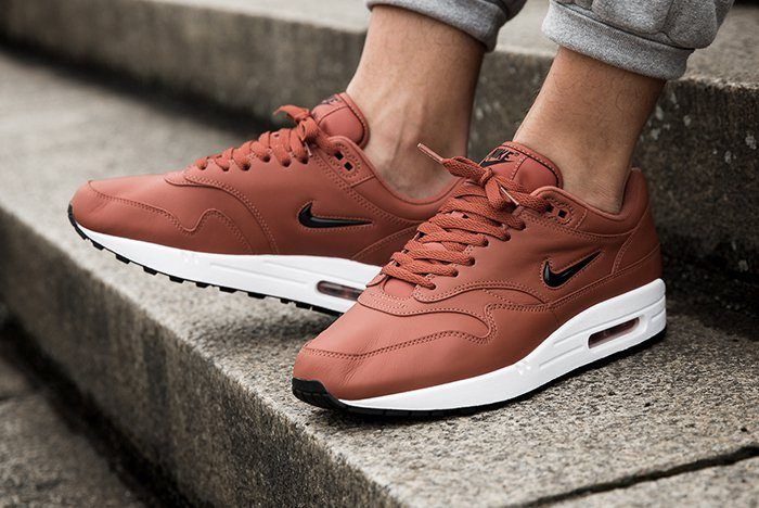 Nike Air Max 1 Jewel Dusty Peach 2