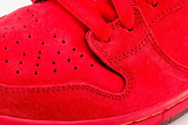 Nike Dunk High Premium Sb Red Toebox