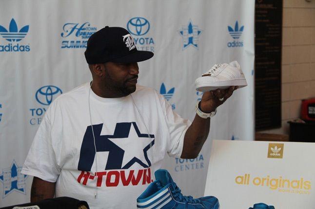 H Town Summit Bun Adidas 1