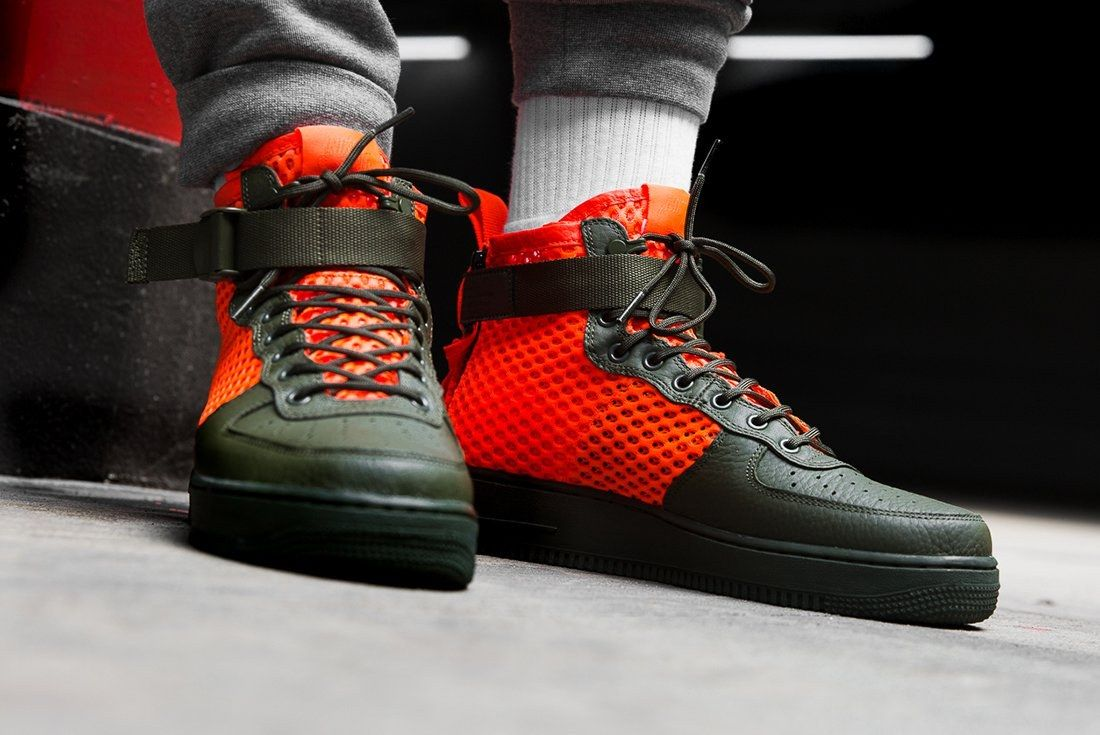 Nike Sf Air Force 1 Total Crimson 3