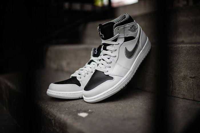 Air Jordan 1 Pure Platinum 1