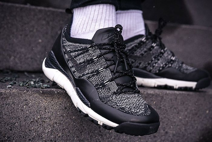 Nike Lupinek Flyknit Black Anthracite 1