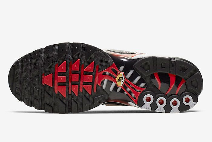 Nike Air Max Plus Black University Red Sole