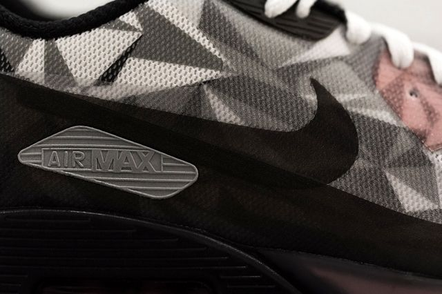 Nike Air Max 90 Ice White Cool Grey Black Infrared Detail