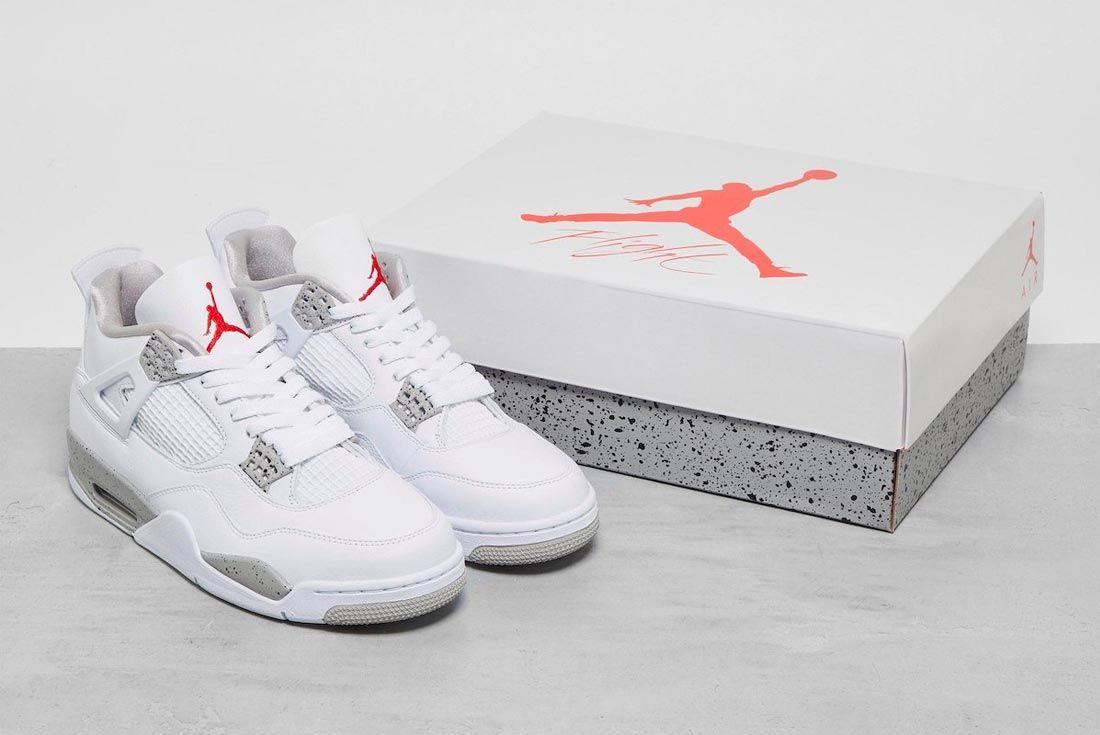 Air Jordan 4 'White Oreo'