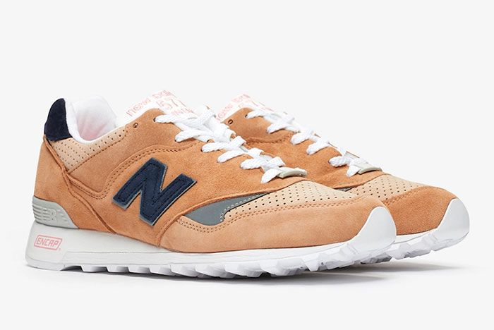 Sneakersnstuff New Balance 577 M577 Sks Front Angle