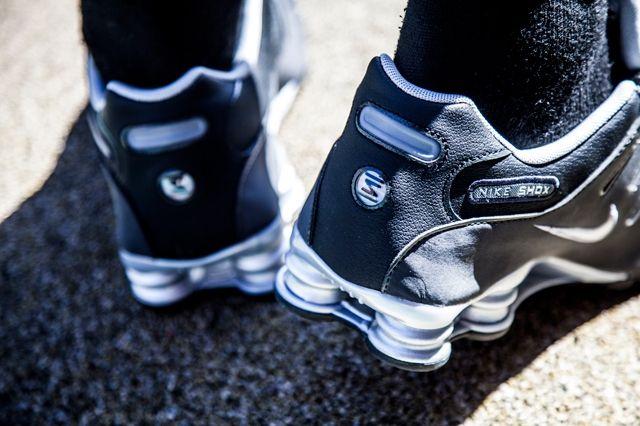 Nike Shox Black Silver Anthracite 1