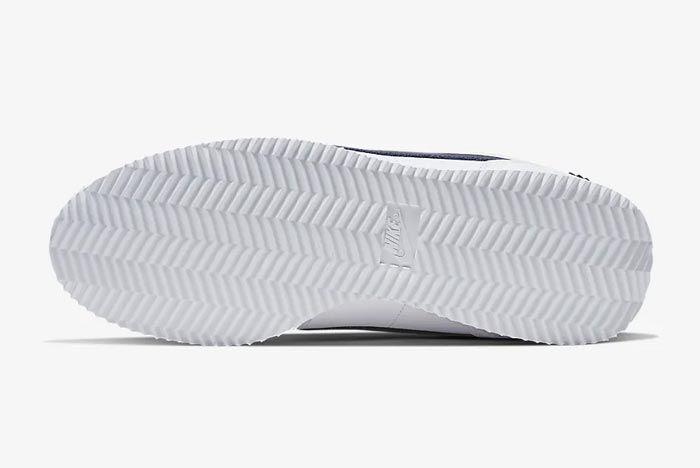 Nike Cortez Basic Se University Red Outsole