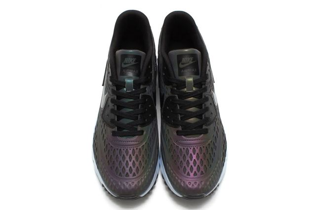 Nike Air Max 1 Ultra Moire Iridescent 06