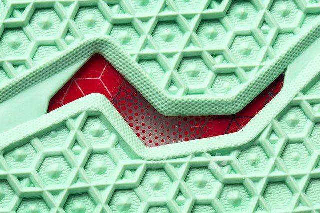 Nike Lebron Xi 11 Parachute Gold Update 8