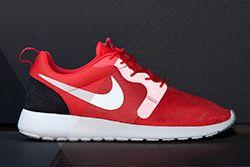 Nike Roshe Run Hyperfuse Light Crimson Platinum Thumb