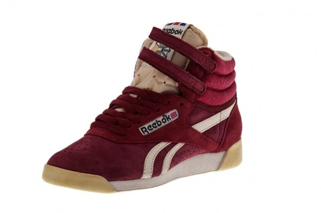 Reebok Freestyle Hi Italy Maroon Midfoot Front Quarter 1