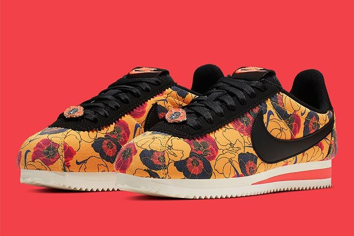Nike Cortez Av1338 001 Floral Pack Womens Front Angle Shot 1
