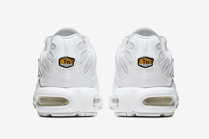 Nike Air Max Plus White Velcro Swoosh Heel