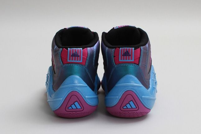 Adidas Realdeal Blackvivpinkjoy Heel Profile 1