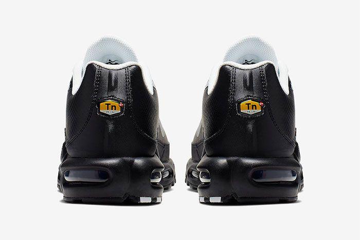 Nike Air Max Plus Tn Se Black White Ci7701 002 Heel Shot 3