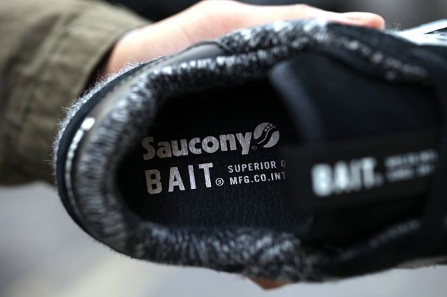 Saucony Bait Shadow Original Black Grey Bumper 2