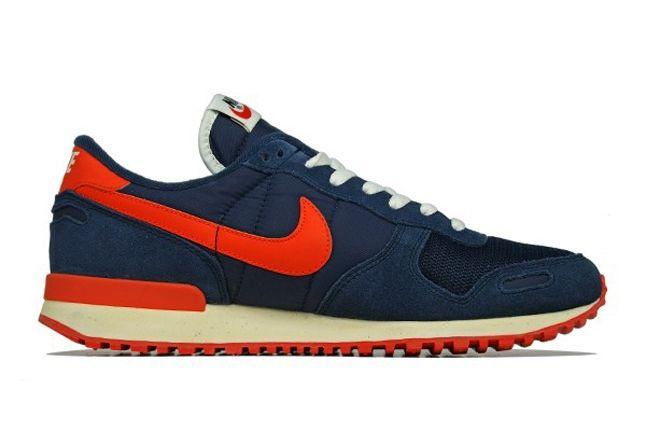 Nike Air Vortex Vntg Blue Profile 1