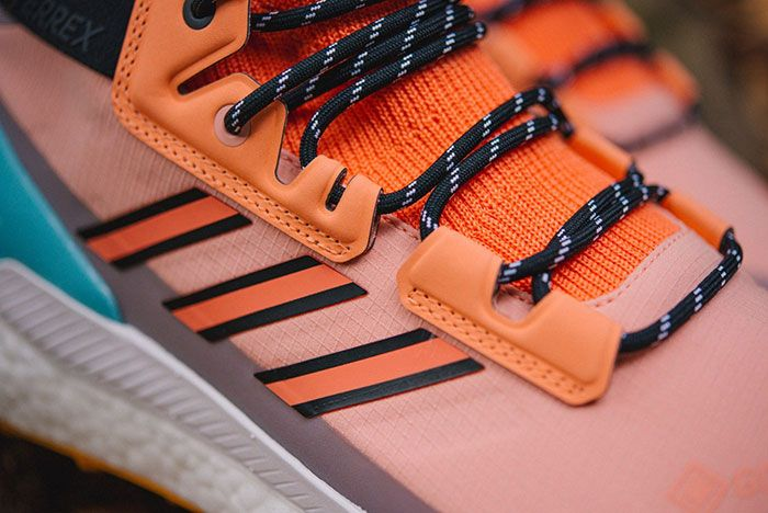 Doe Adidas Terrex Free Hiker Gtx Closer Look11