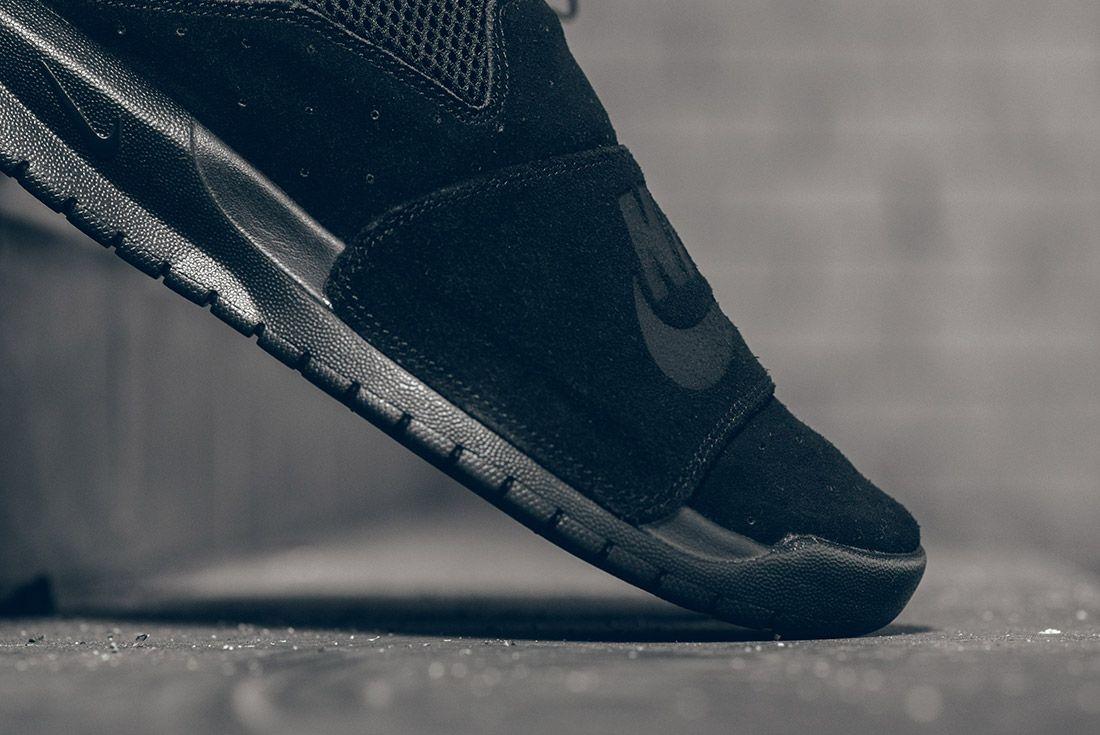 Nike Benassi Slp Triple Black 5