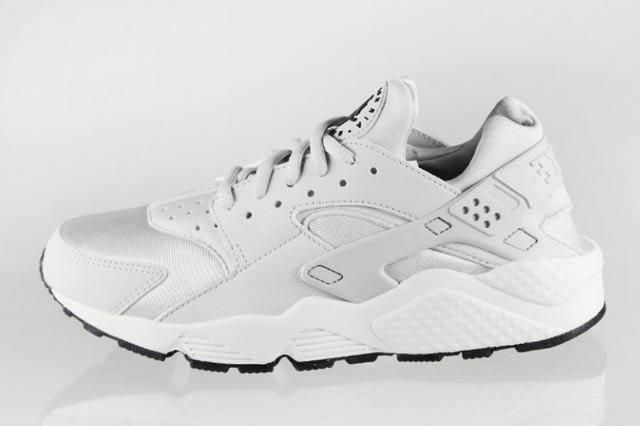 Air Huarache Womens Easter 1